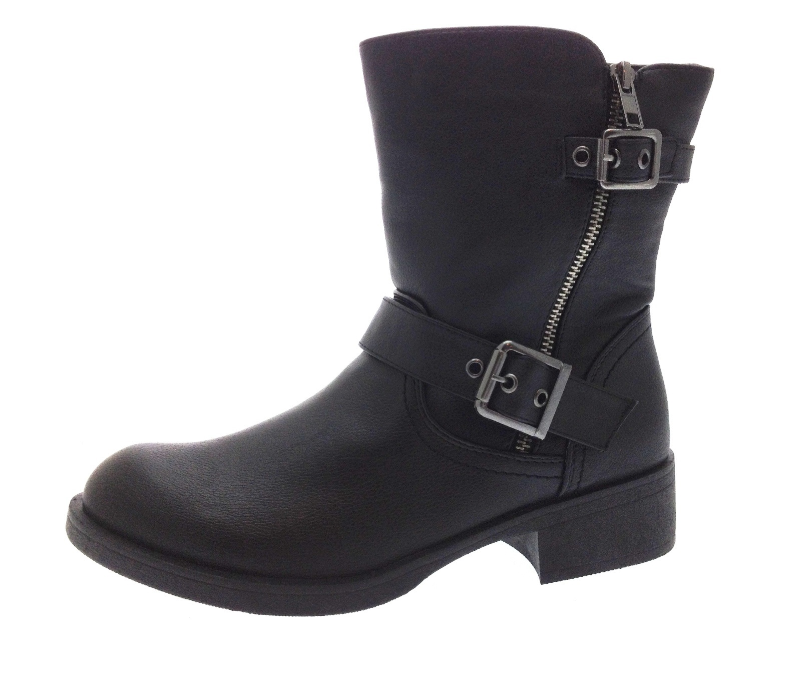 Boot Barn has a large selection of Women's Motorcycle Boots from brands including: Frye, Harley Davidson, and more! Orders over $75 ship free!