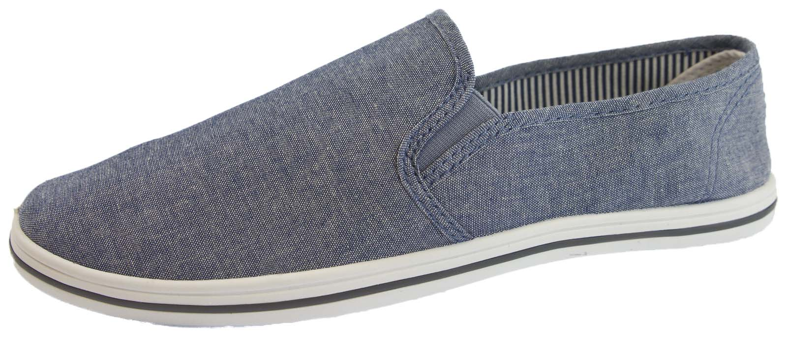 Find the latest and greatest canvas and plimsoll shoes from the specialist brands: Converse, Fred Perry, TOMS and Flossy, right here at JD. Keeping a low profile for smooth and step in style, there are many options to consider, from the classic All Stars to the Alpragata.