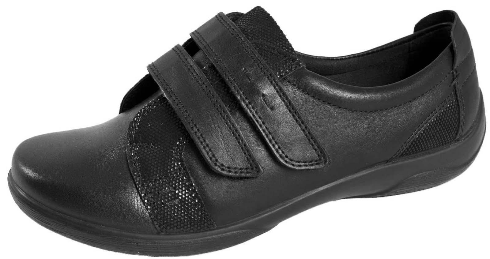 Shoes Eeee Fitting