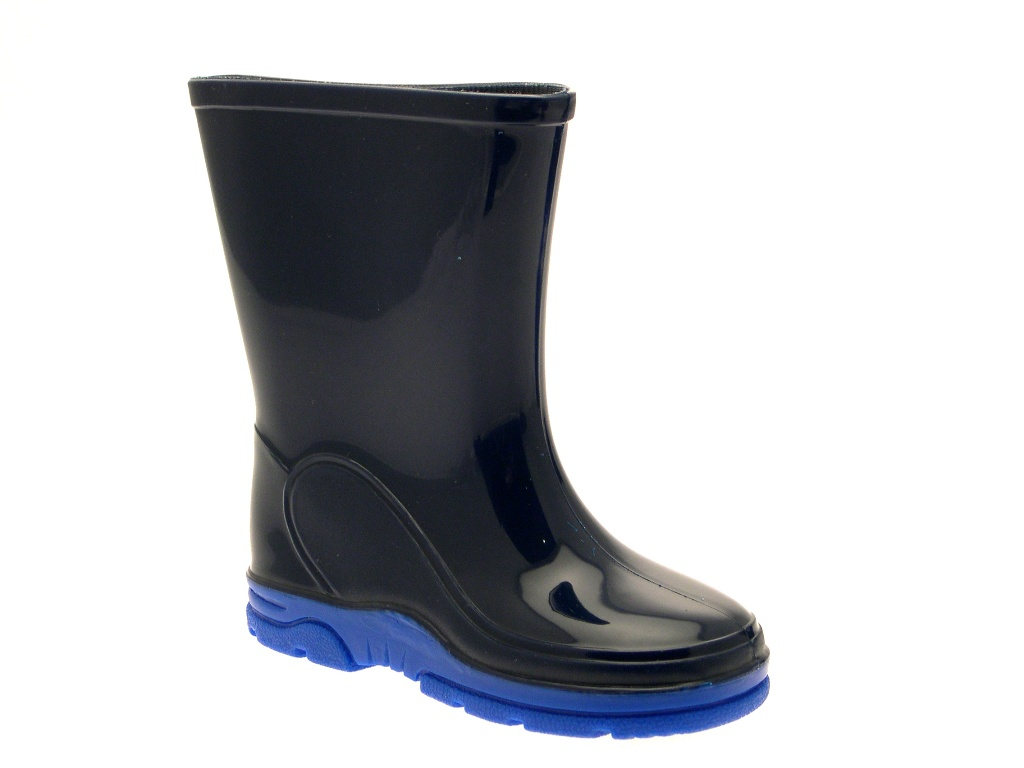 The wellies themselves come in sky blue with a striped pattern and 'Paw Patrol' repeated above the outsole. Officially licensed, these Paw Patrol boy's wellies come with 1/5(1).