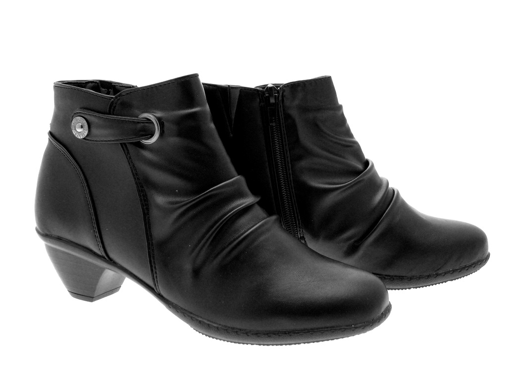 Elegant Black Leather Low Heel Ankle Boots - Yu Boots