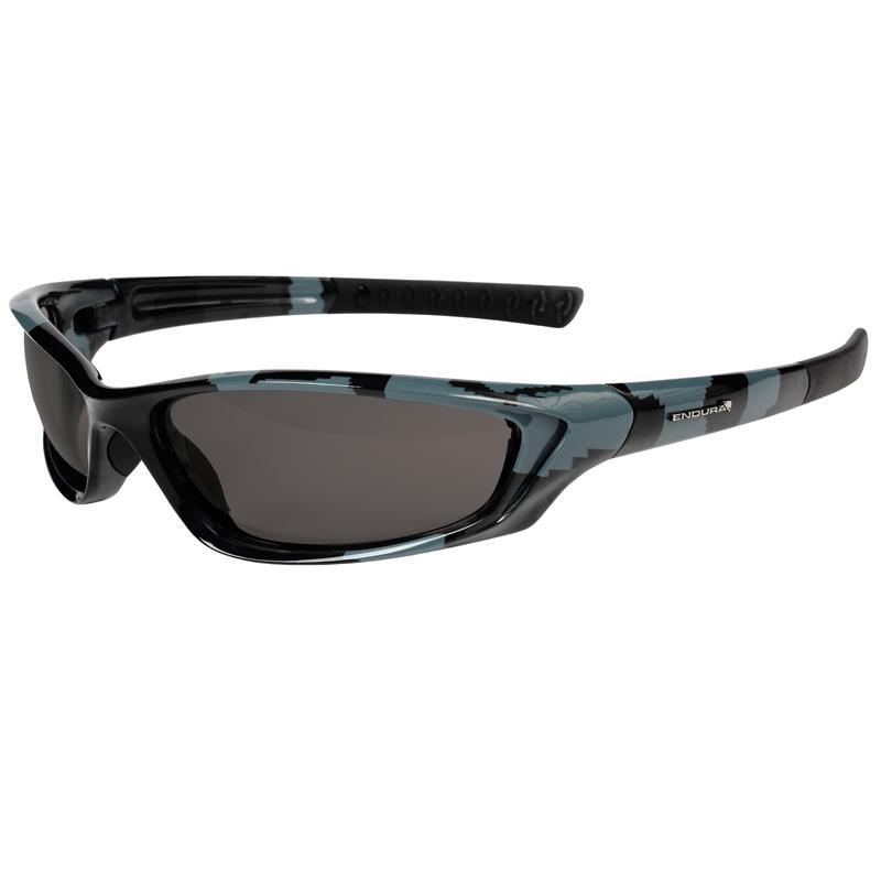 endura piranha light reactive cycling bike sunglasses camo. Black Bedroom Furniture Sets. Home Design Ideas