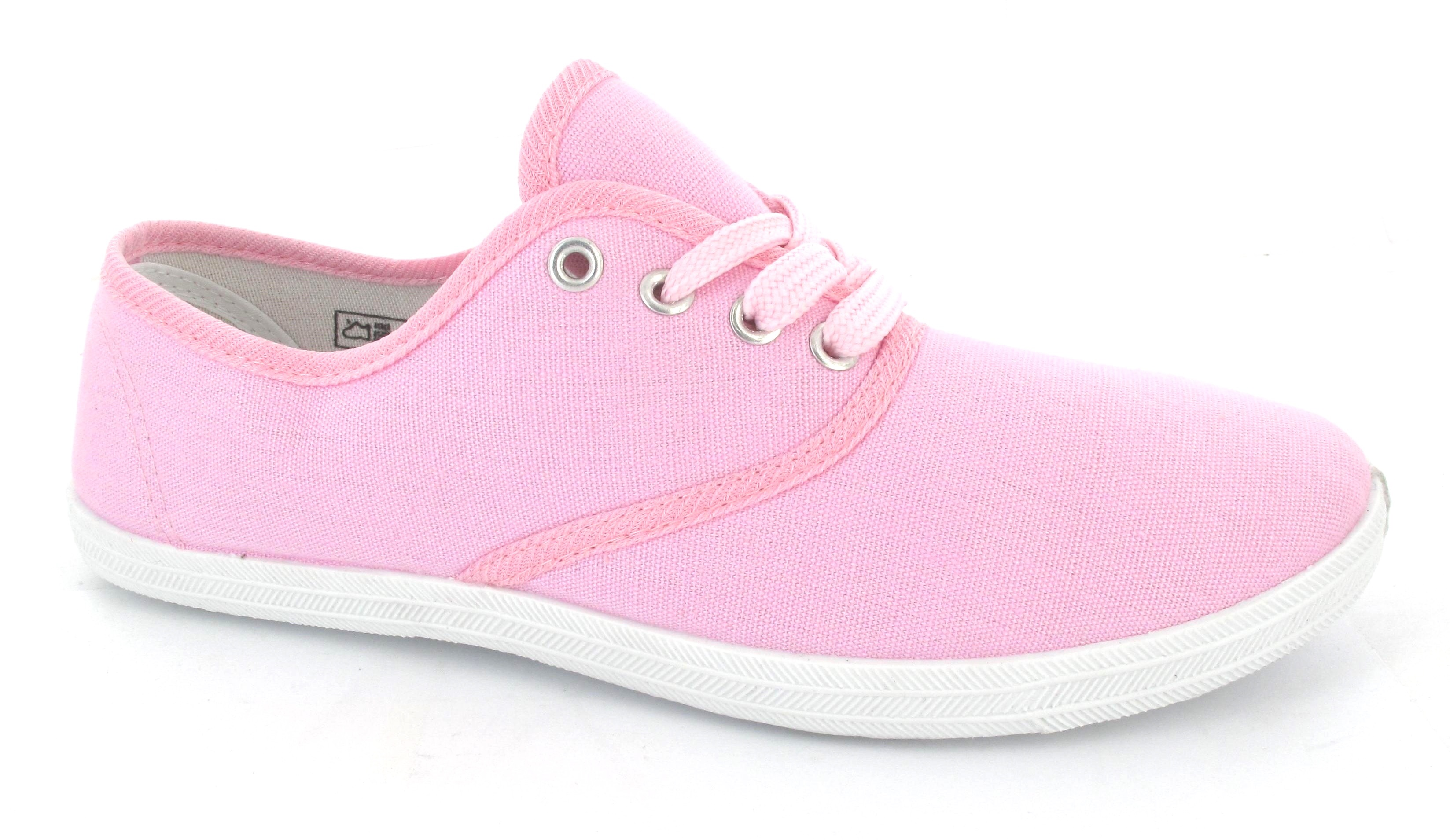 Choose from classic girls' black trainers that combo effortless with any street look or sports uniform, to slip-on trainers for easy wear. Whether you're looking for girls' plimsolls for everyday wear or lace up rose gold trainers for some added shine, you'll find your fit in our range of sports shoes.