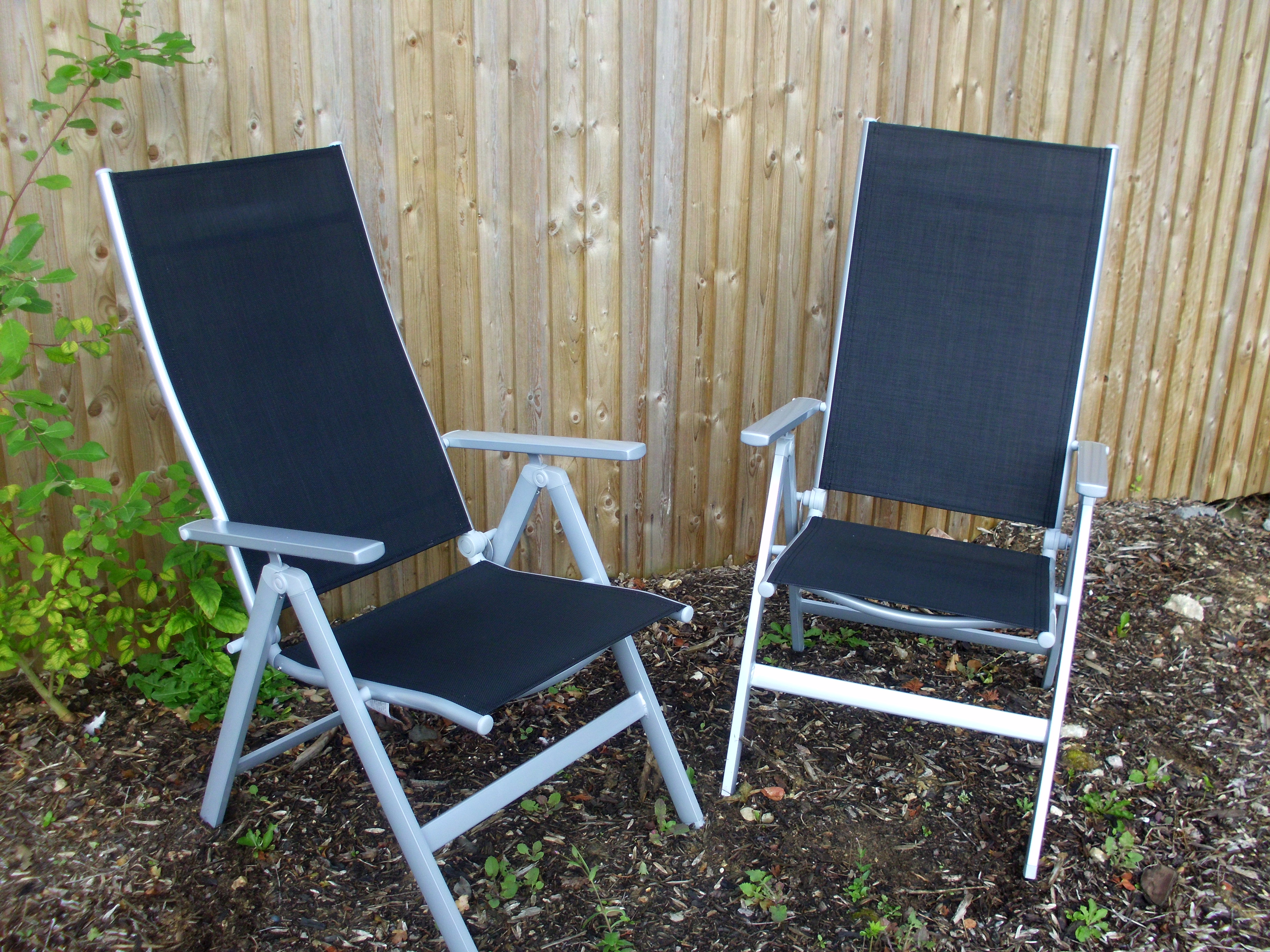 2 X LUXURY MALIBU Folding RECLINING GARDEN PATIO CHAIRS