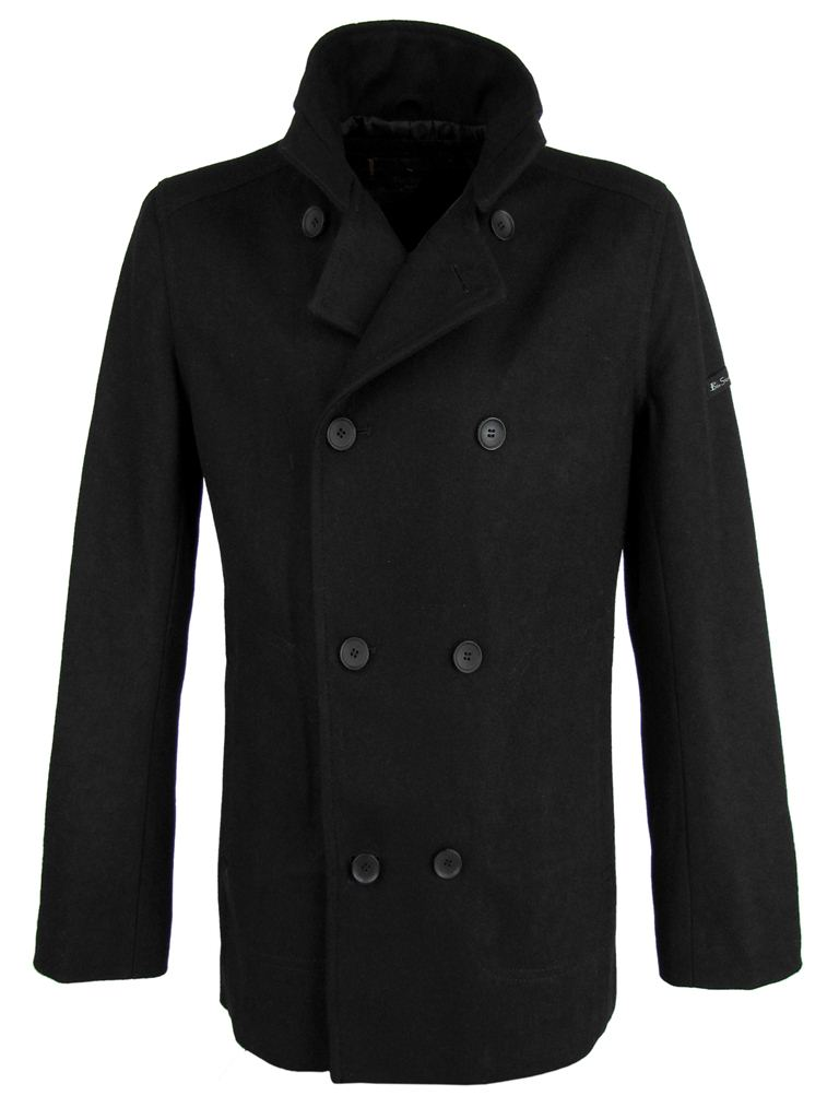 For over a century, our Mackinaw wool coats have kept outdoor workers warm through rainy, snowy Northwest winters. Our Mackinaw wool is versatile, breathable, and water-repellent made from the fleece of sheep grown in North America.