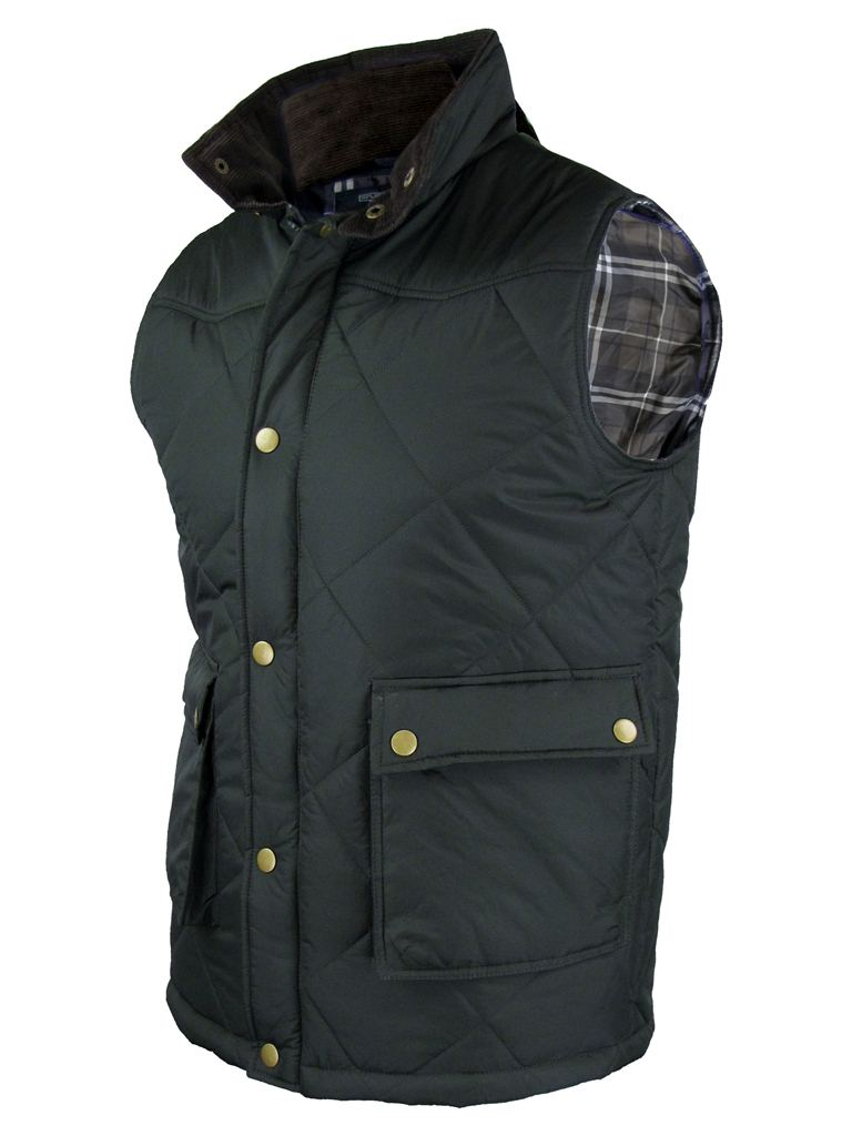 Whether you're looking for quilted, padded or waterproof layers, our men's gilets are the perfect way to stay toasty. Great for those times when you don't want a smart jacket, our gilets and men's casual jackets come in black or navy and provide the perfect alternative.