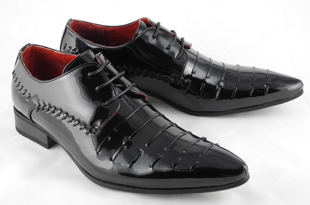mens patent leather look pointed toe dress shoes black