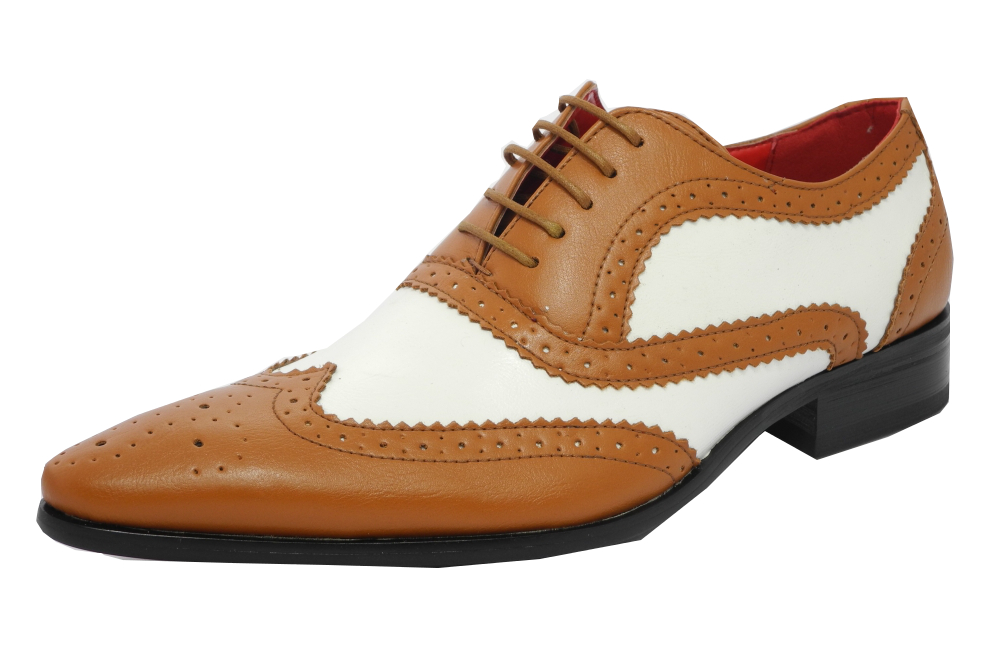 Add a traditional staple to your footwear collection with our stylish men's brogues. Keep it classic with black or tan leather wingtip styles, complete with punch hole details and smooth-grip rubber soles.