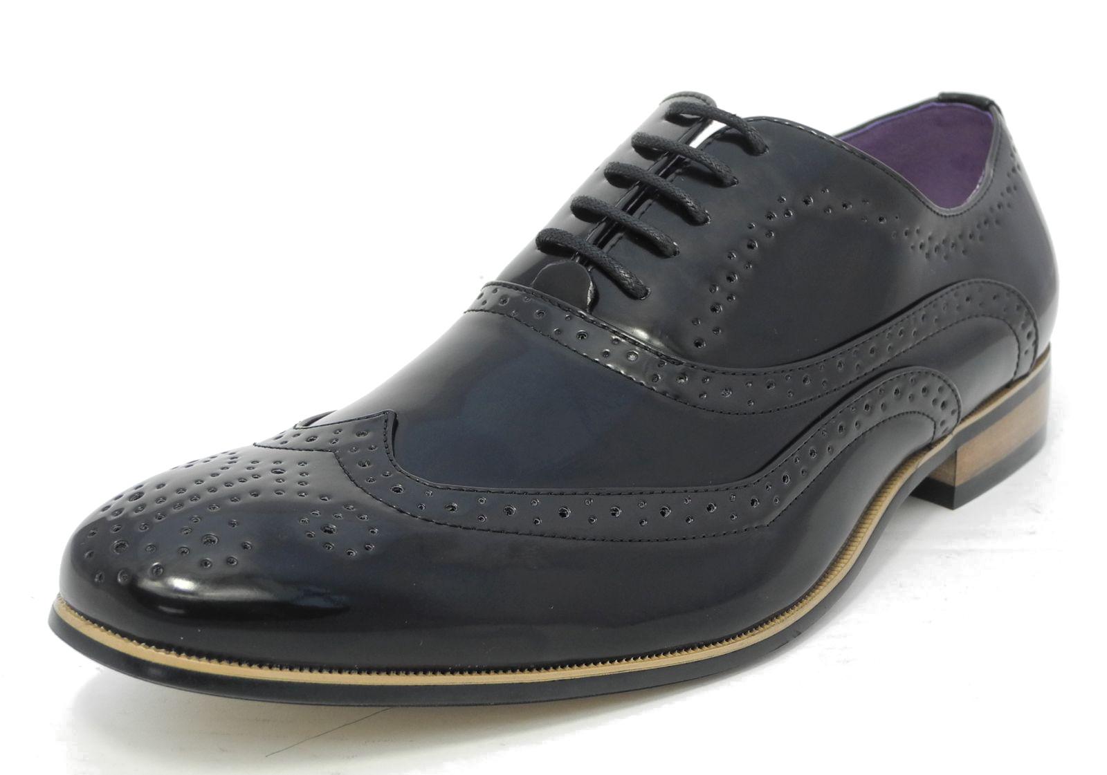 Uomo lucido scarpe interno in pelle con lacci eleganti for Interno 1 scarpe