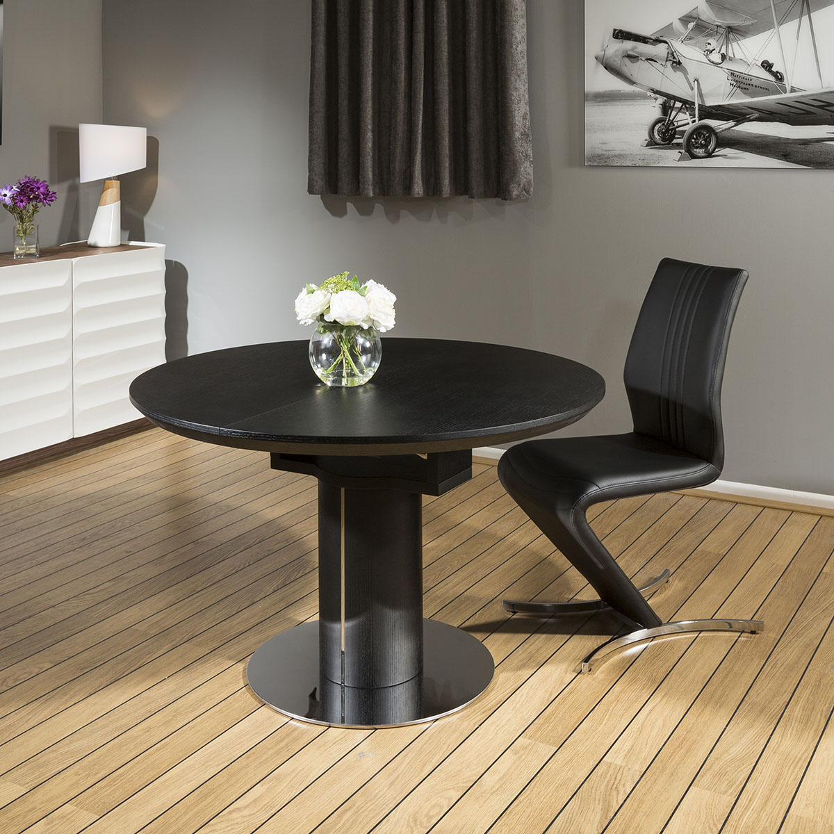 Black Oak Dining Set Round Extending To Oval Table 6x