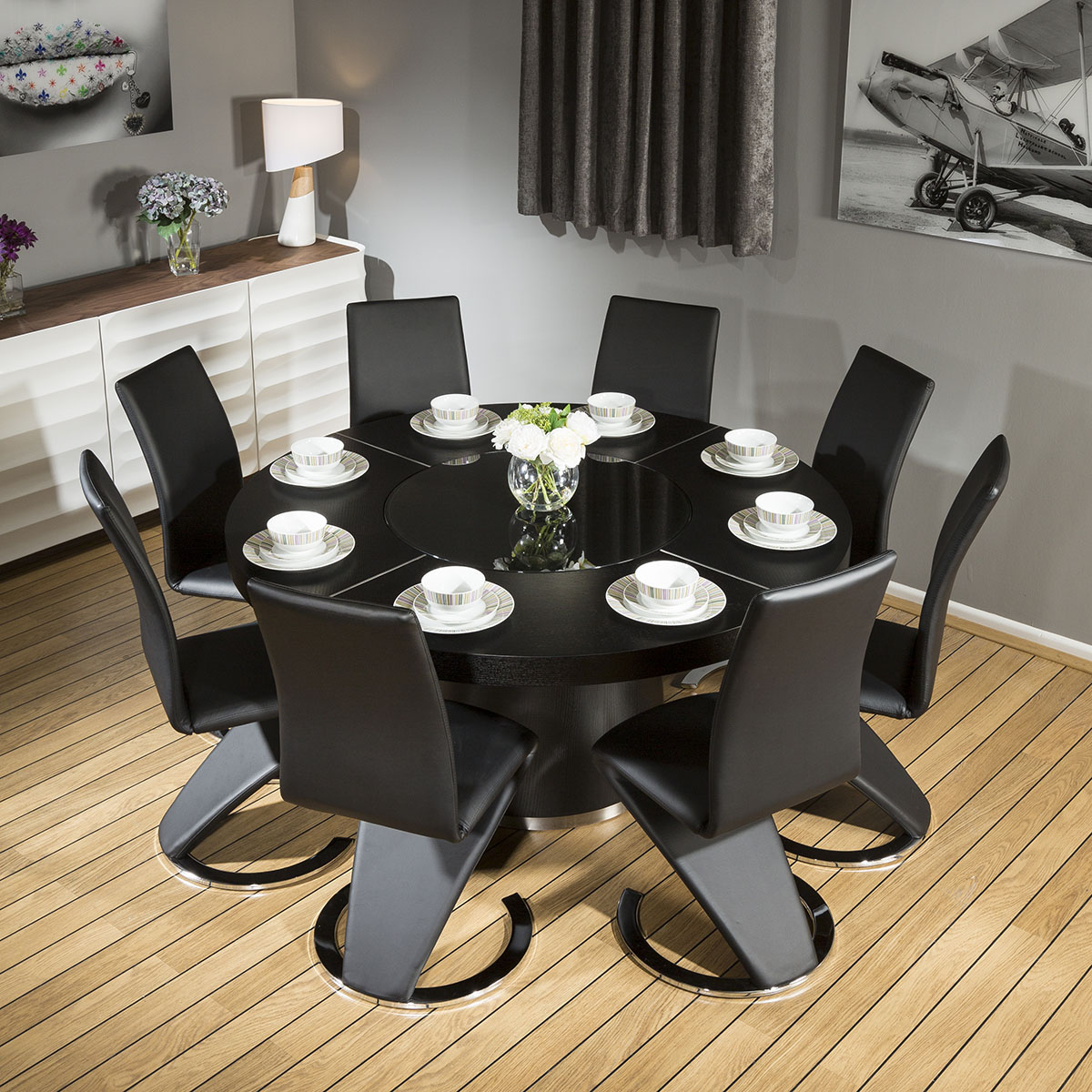Modern large round black oak dining table 8 black z shape for Best shaped table for small dining room