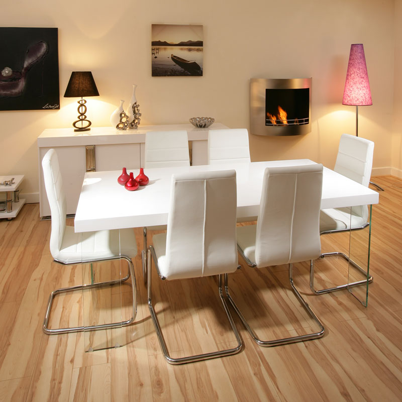 Stunning dining set white gloss table 6 white modern chairs for Modern dining table and chairs set