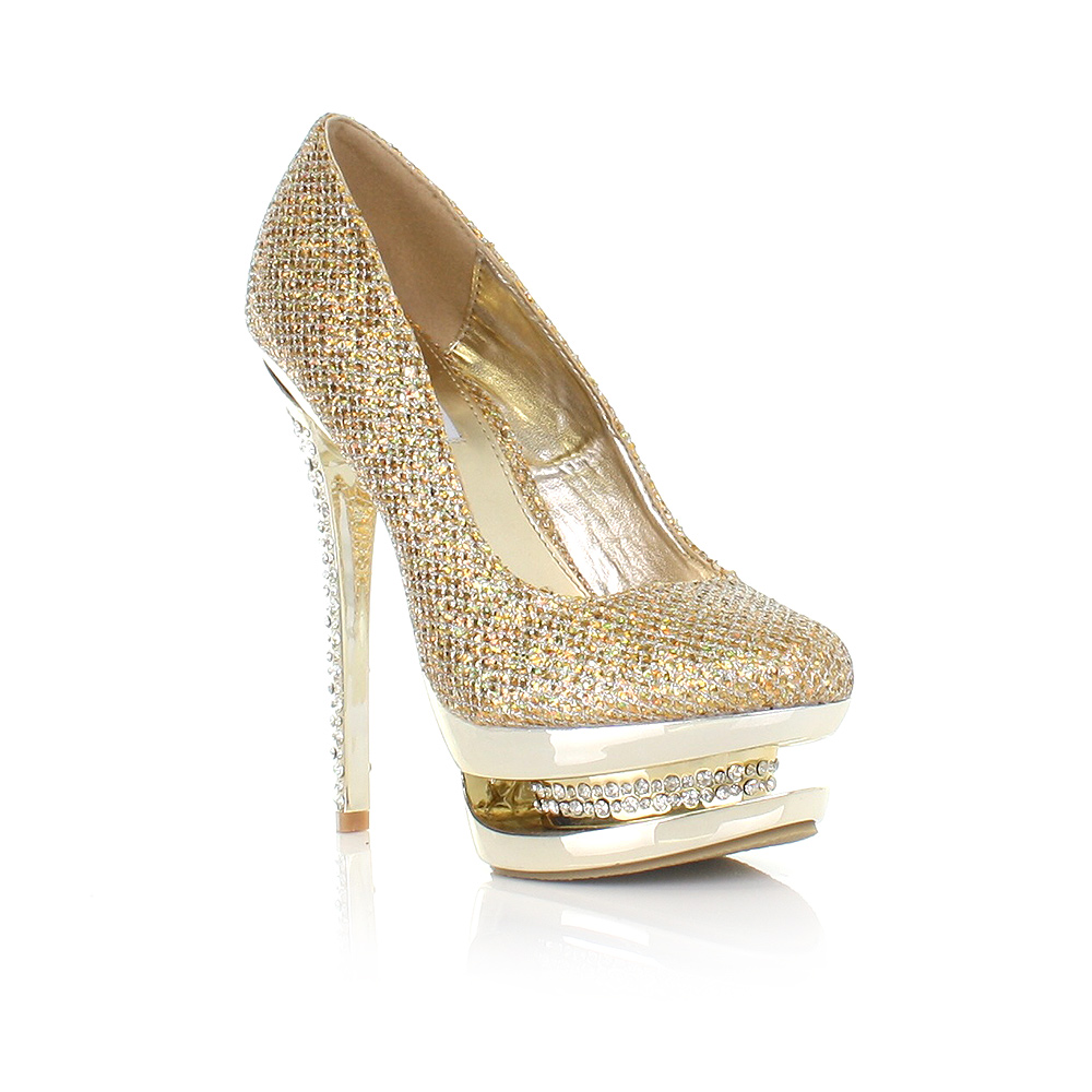 Gold Heels for Women If you are shopping for shoes and need something spectacular to go with a unique outfit, look no further than gold or metallic heels for women. Whether you select metallic pumps, gold sandals without straps, glitter ankle strap heels, gold ankle strap sandals, or simple gold heels, these shoes are a versatile addition to.
