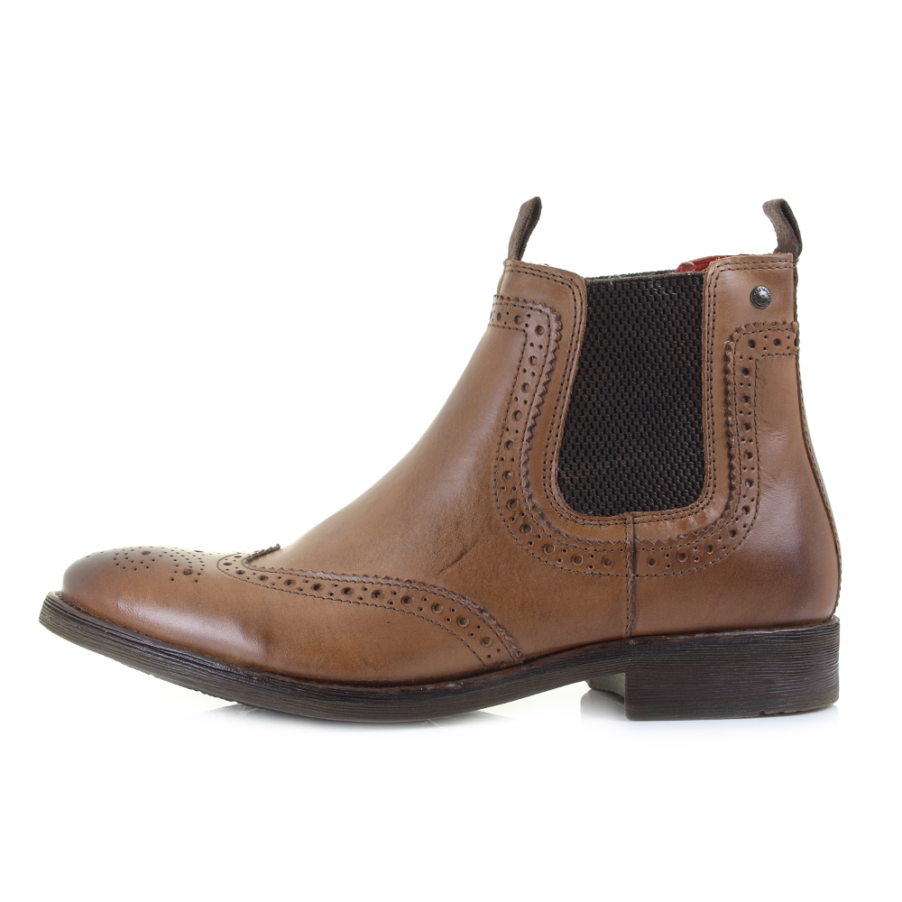 Elasticated Chelsea boots for men by top designer brands including Jeffery West Shoes, Barbour and Tommy Hilfiger. Choose from the largest online selection of slip on Cheslea boots and ankle height shoes at discounted prices.