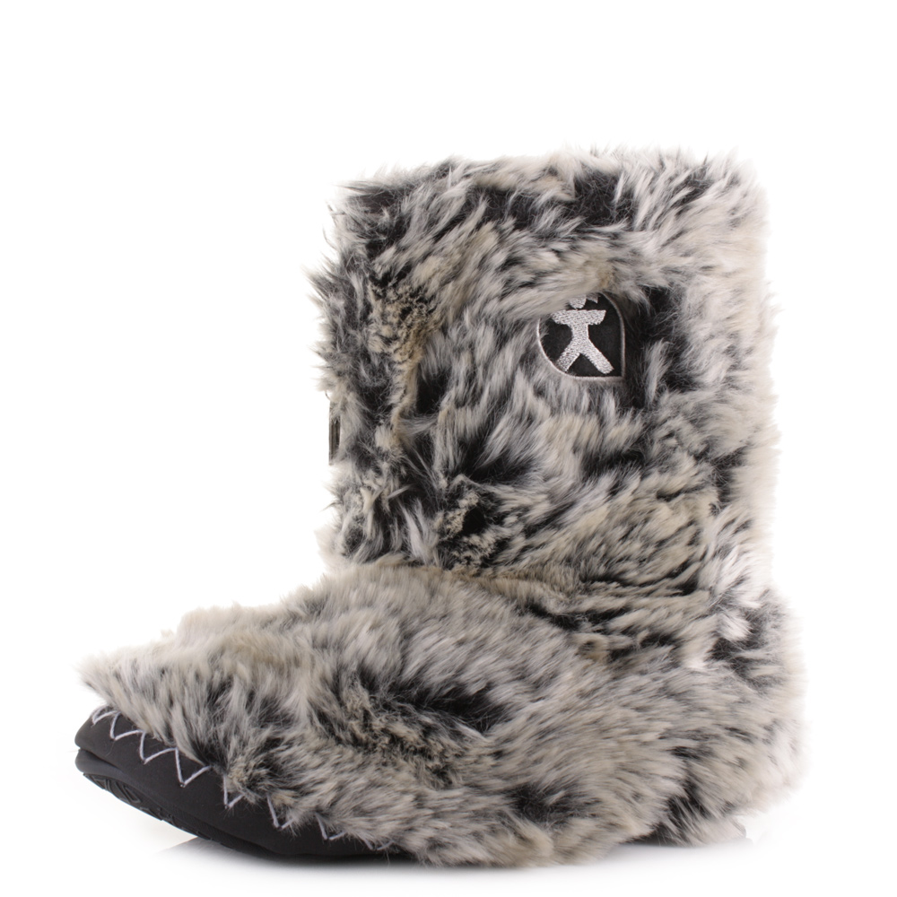Bedroom Athletics Cole Slipper Boots Latest Bedroom Bed Bedroom Ideas Upholstered Headboard Lighting Design For Bedroom: WOMENS BEDROOM ATHLETICS COLE BLACK TIPPED LUXURY FAUX FUR