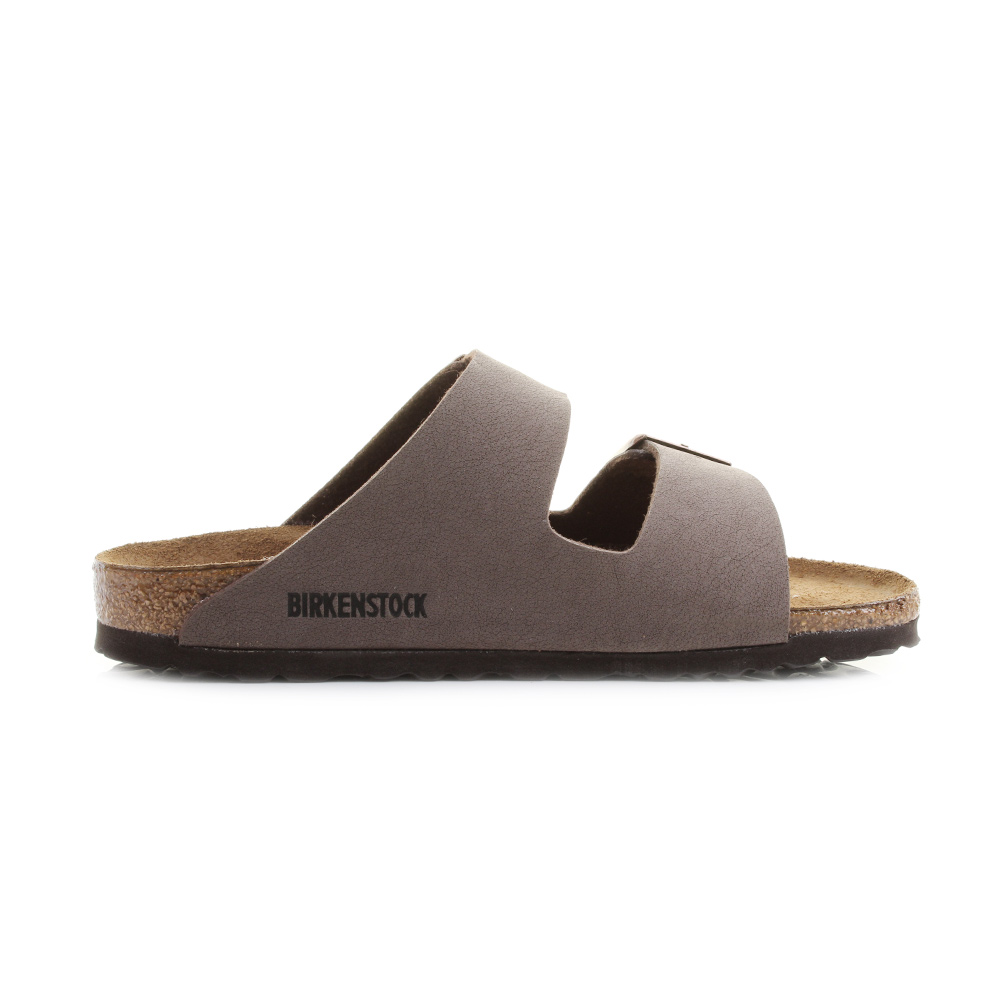 Womens sandals in narrow sizes