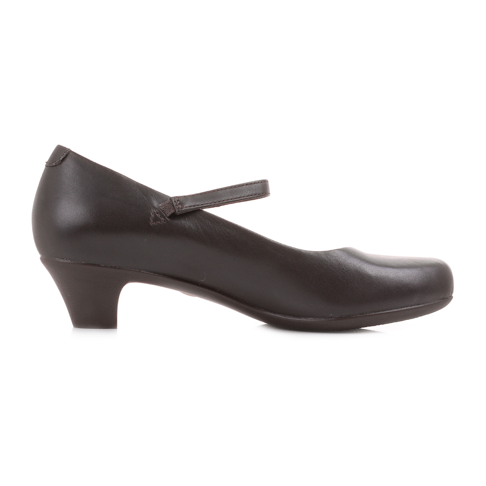 womens cer helena bajo brown leather low heel leather