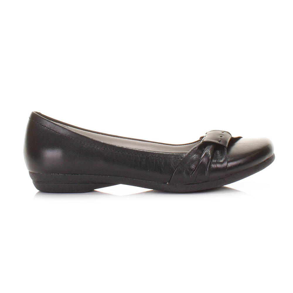 womens clarks discovery bay black leather flat ballerina