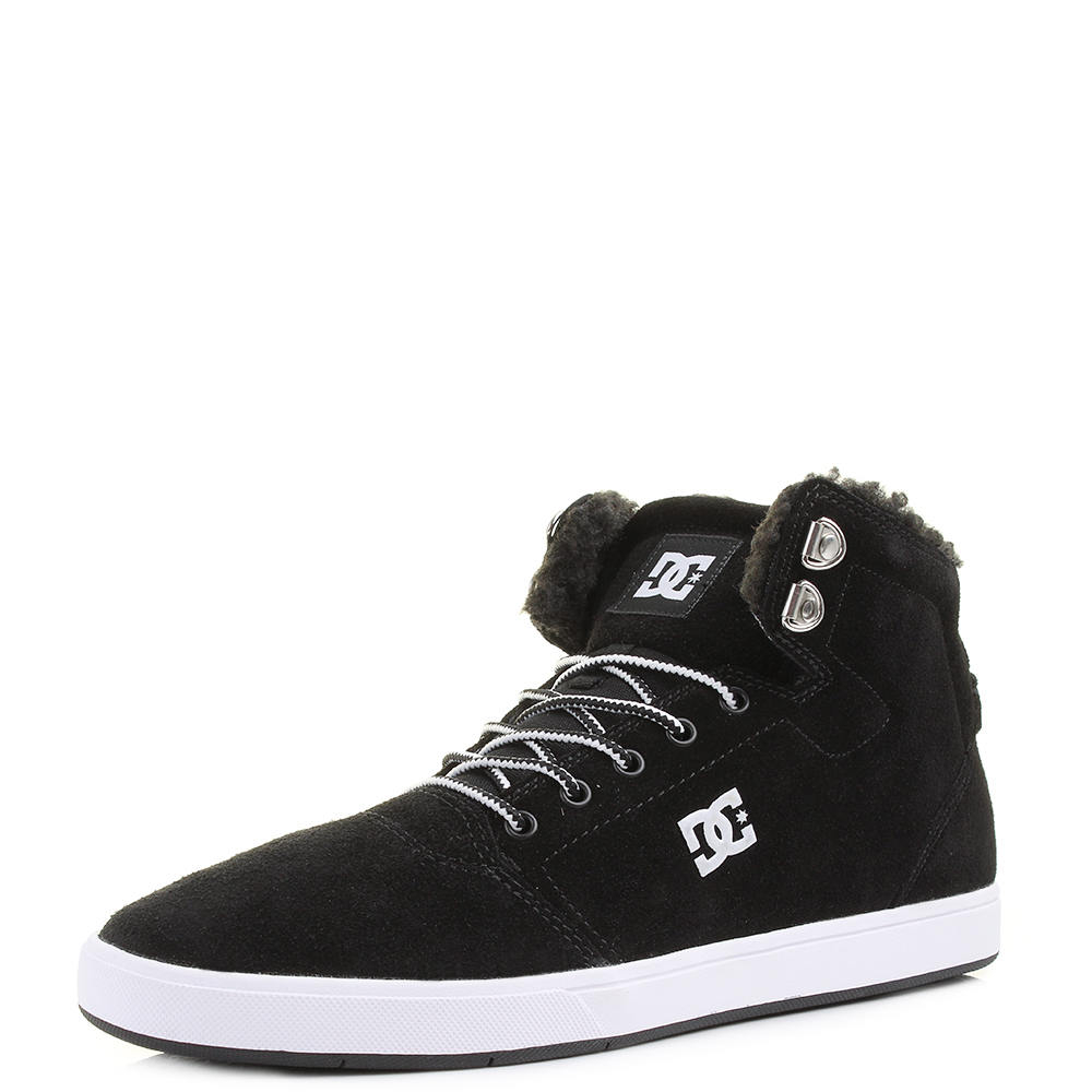 DC Shoes at tReds. DC embody the attitude of the world of skating and extreme sports. The brand consults professionals from skateboarding, snowboarding and motocross to ensure they are at the cutting edge of their field.