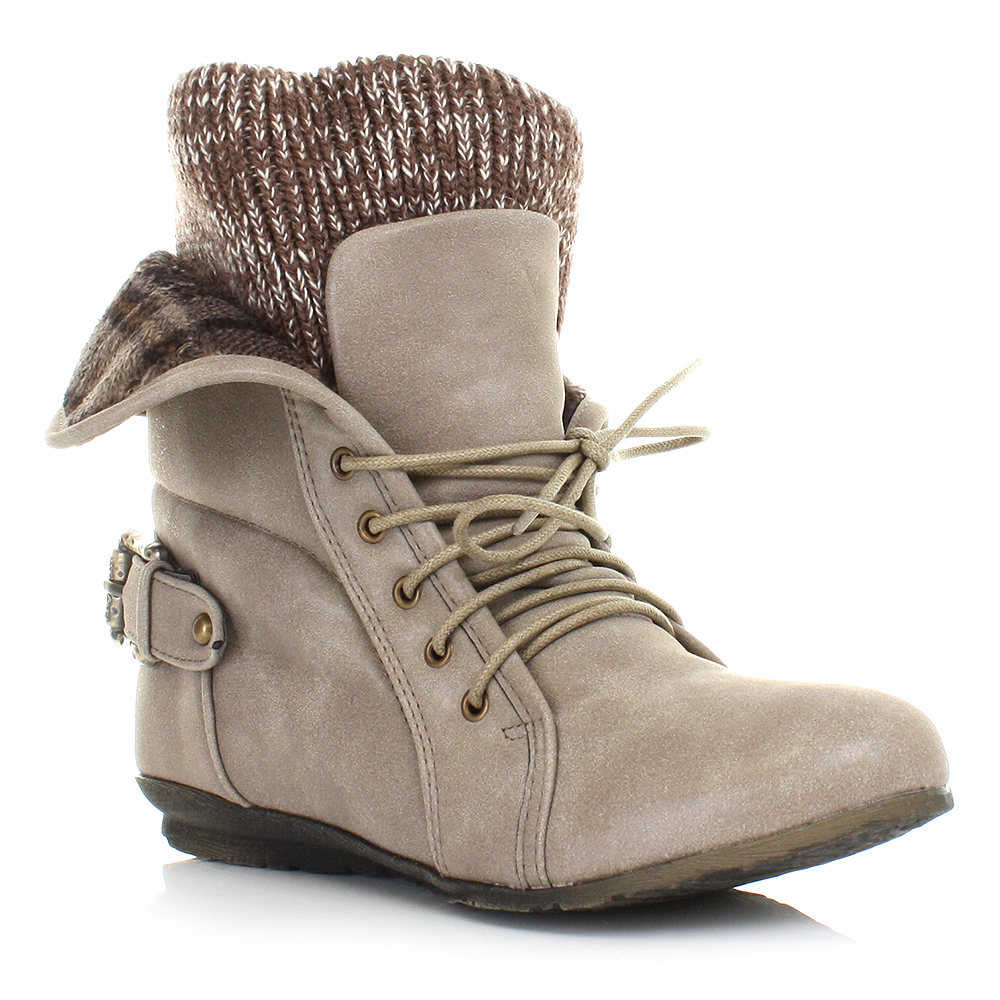 Simple 75 Bearpaw Womens Abigail Knit Boots Sheepskin