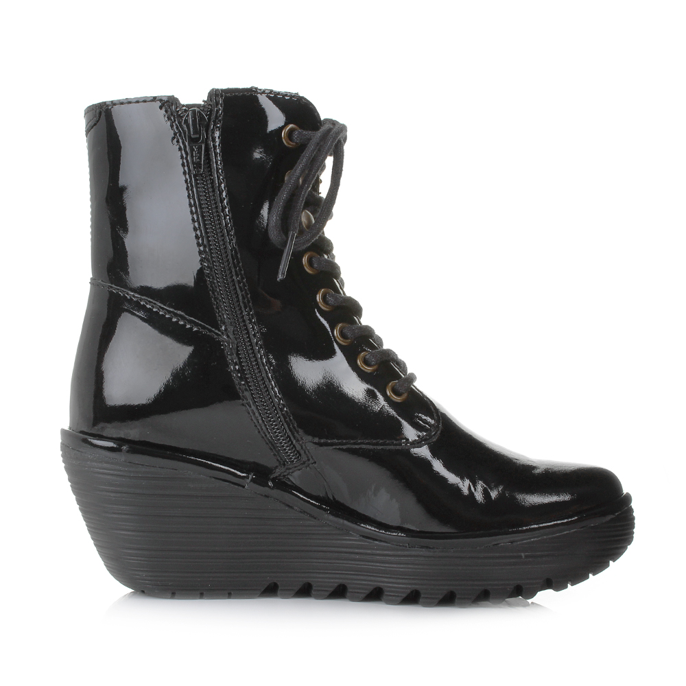 womens fly ygot nevada black patent leather wedge