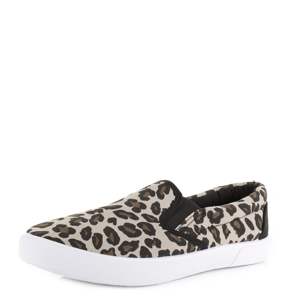 women's leopard print shoes products found Release your inner animal with our collection of women's leopard print shoes. Walk on the wild side with leopard print boots or take casual to the next level with leopard print trainers.