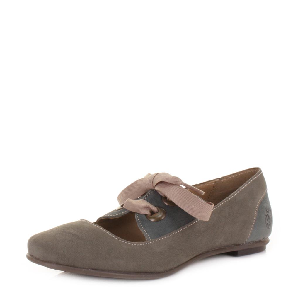 Branded School Shoes Online