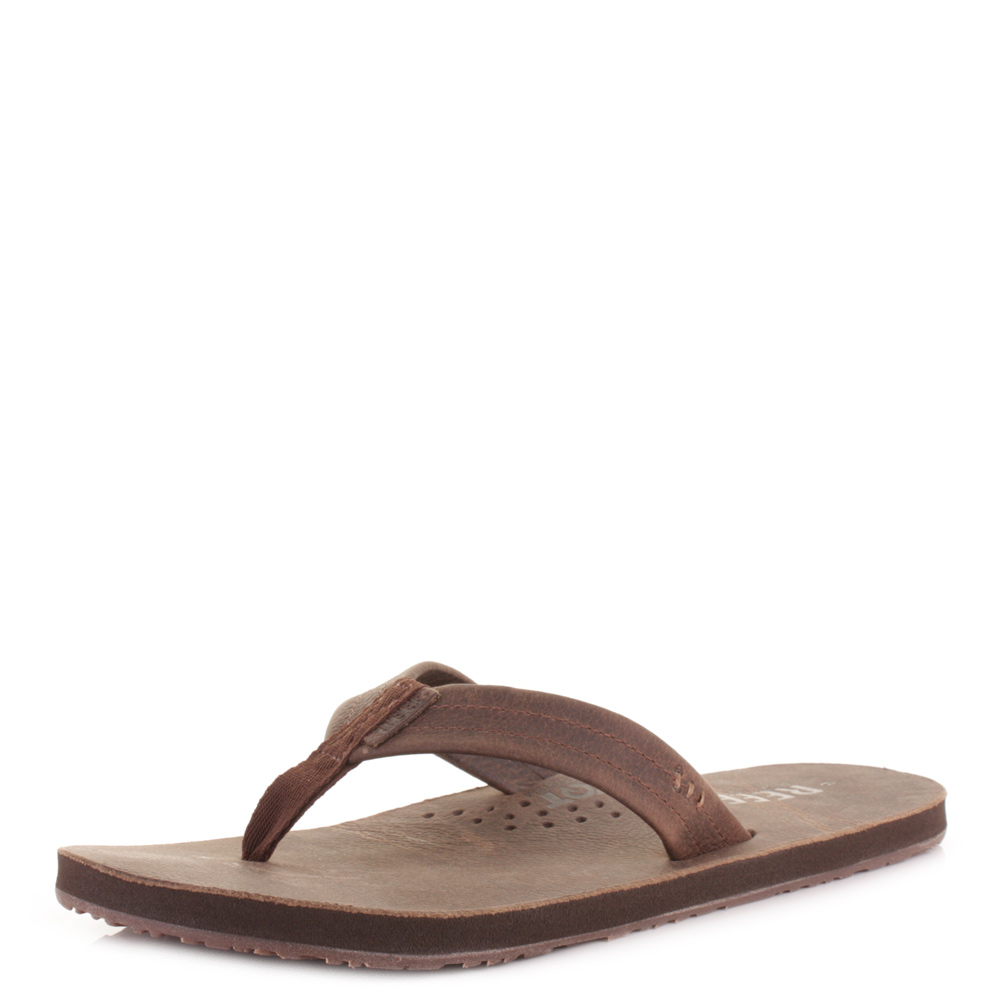 mens reef draftsmen chocolate leather bottle opener flip flop sandals size ebay. Black Bedroom Furniture Sets. Home Design Ideas