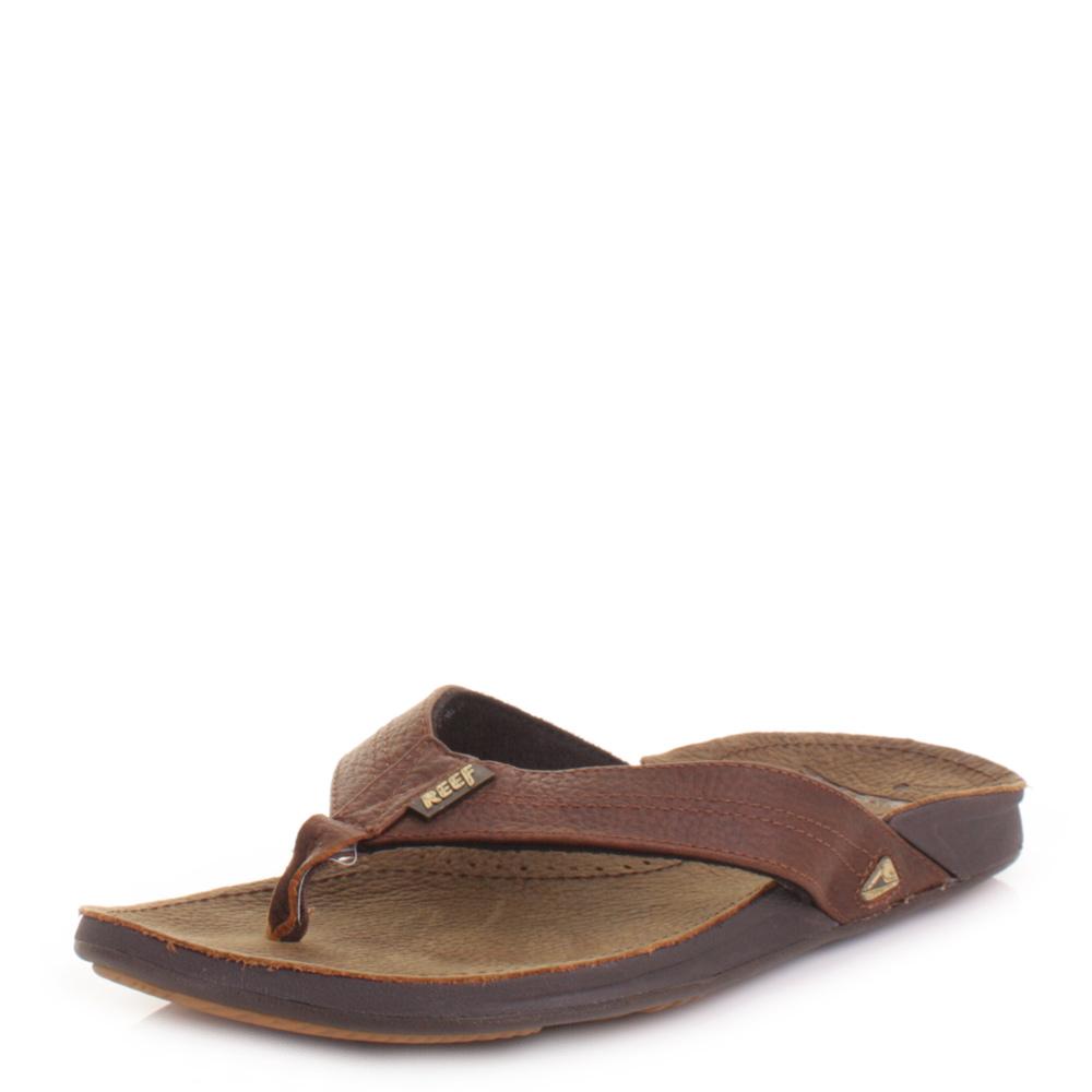 A great flip flop footjob 2