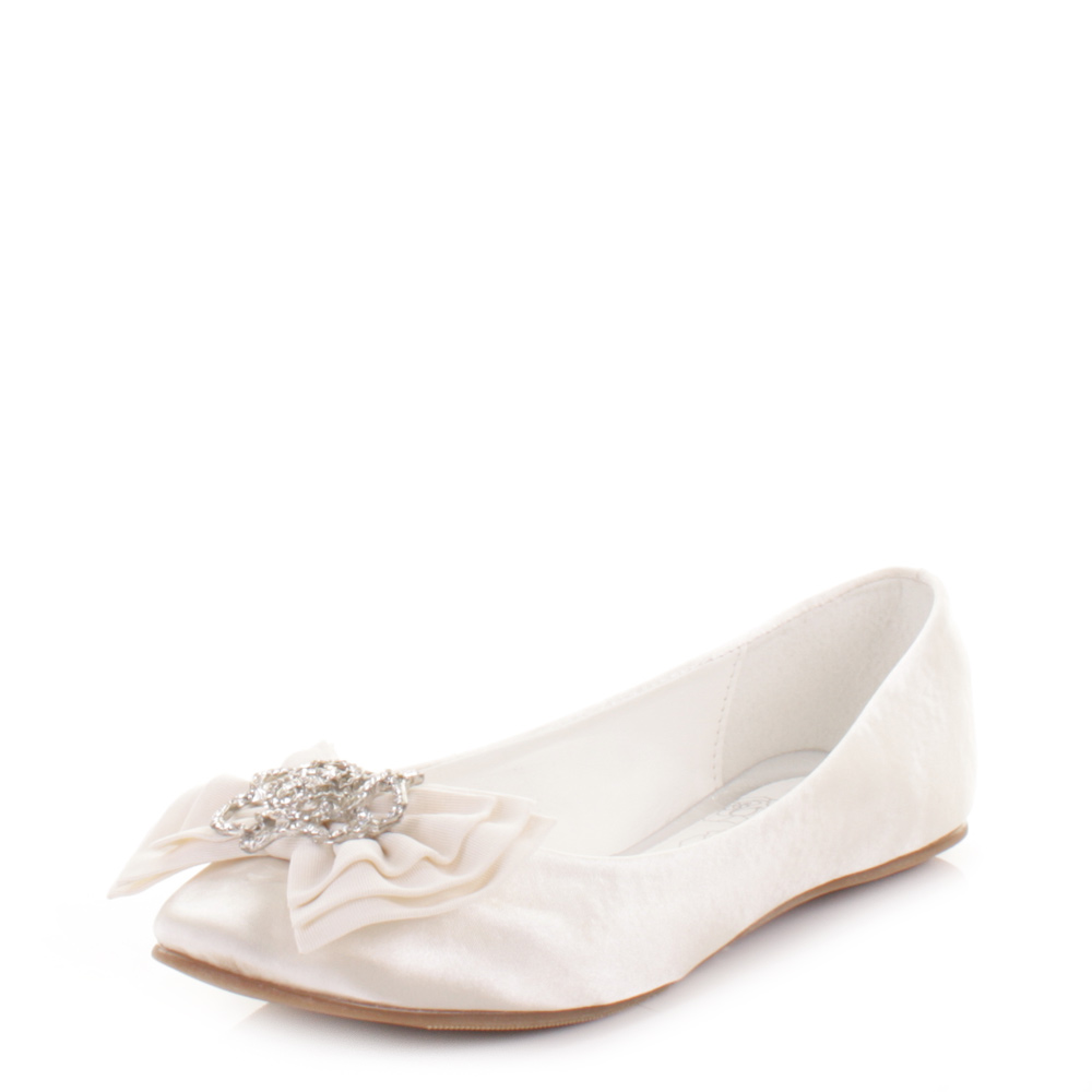 Ivory Cute Double Chiffon Bow with Rhinestones Accent Girls Flats Shoes (Sizes Kids 9-Youth 4 in 2 Colors).