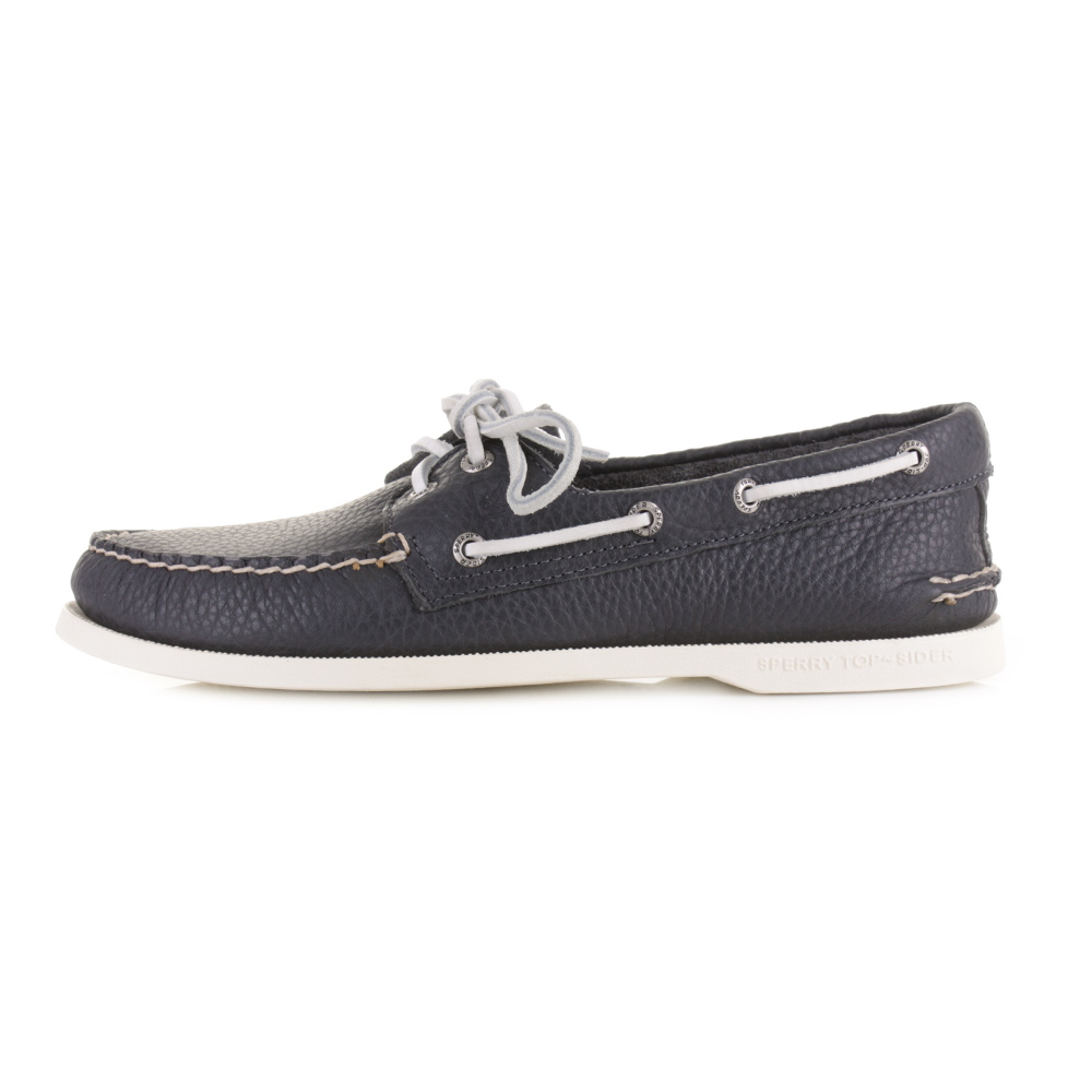 Put your best foot forward with stylish men's Sperry shoes. From casual kicks to dressier shoes, discover Sperry men's shoes for almost any occasion. Explore traditional neutrals plus loads of .