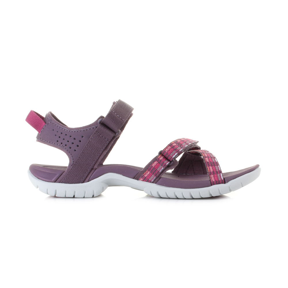 Model  Style Expectations In These Chaco ZX2 Unaweep Sandals In Purple
