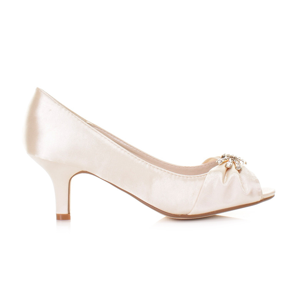 LOW HEEL IVORY SATIN PEEP TOE KITTEN BRIDAL BRIDESMAID
