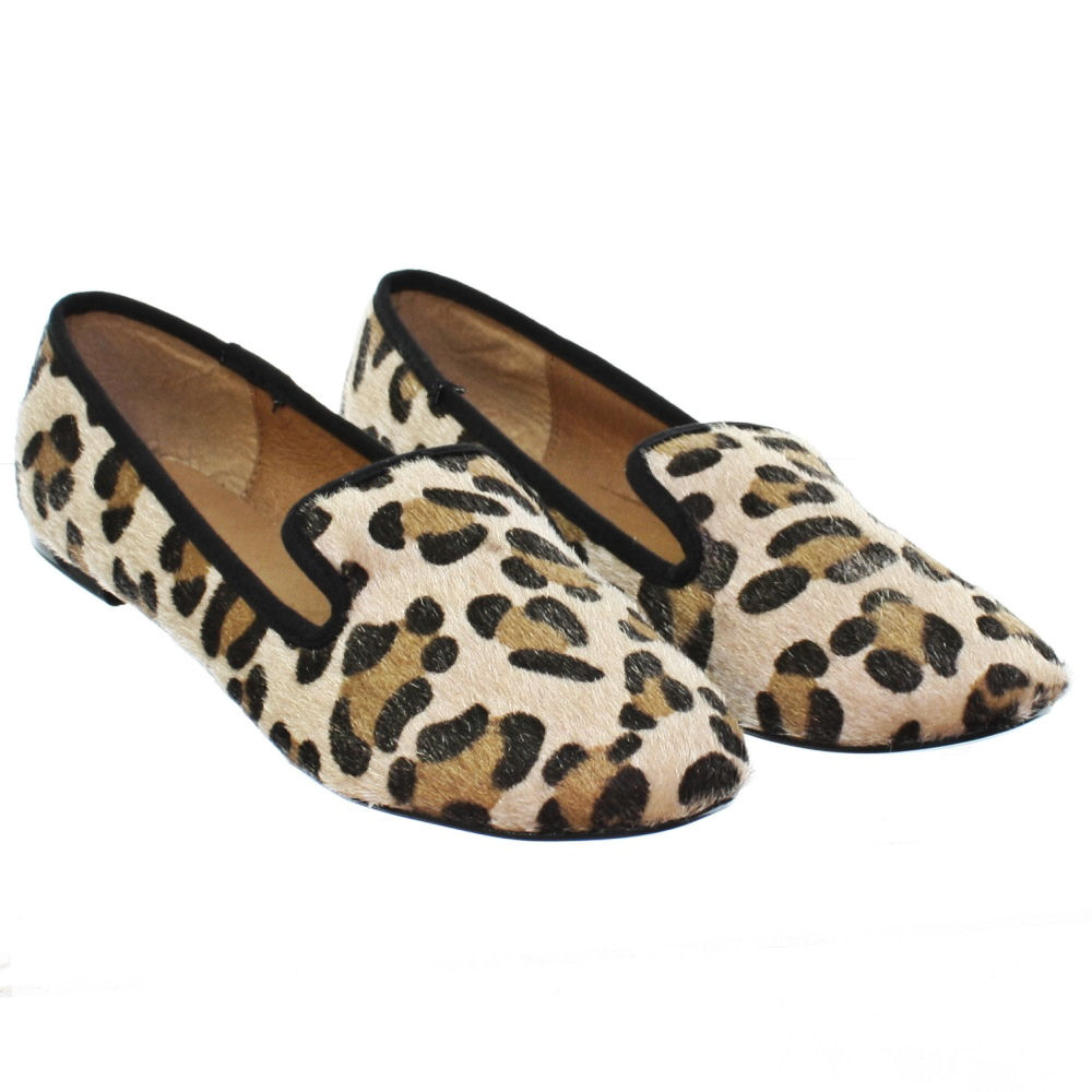 Ashanti Womens Leopard Print Slip On Loafer Dress Flat,Pointed Toe Comfort Ballet Flats Shoes for Women. by Gold Toe. $ - $ $ 16 $ 26 99 Prime. FREE Shipping on eligible orders. Some sizes/colors are Prime eligible. out of 5 stars