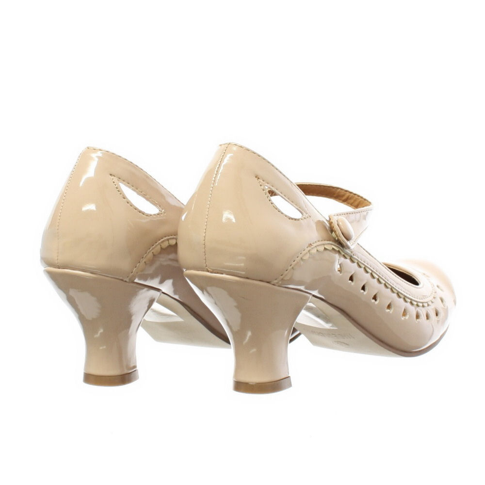 Small Heel Nude Shoes