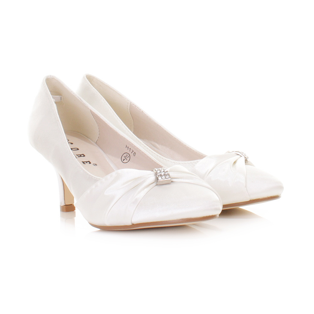 LADIES LOW KITTEN HEEL BRIDAL WEDDING WHITE SATIN DIAMANTE COURT
