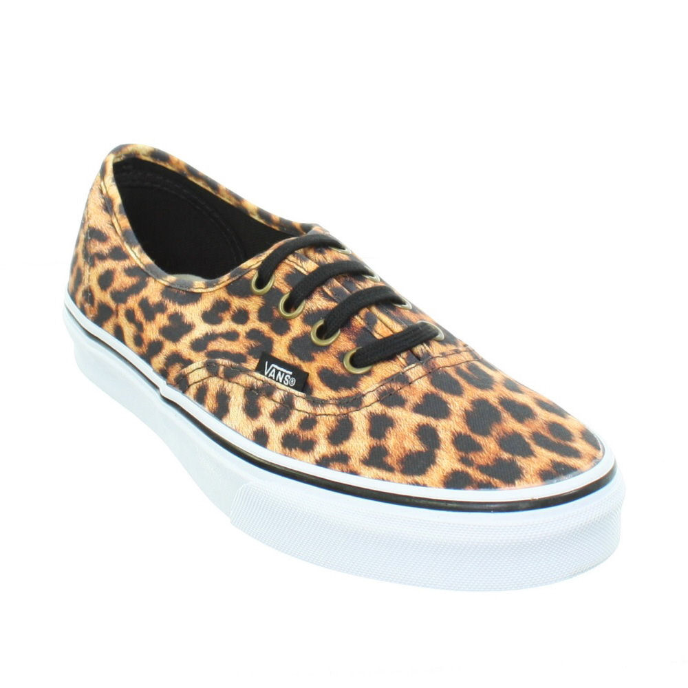 Free shipping and returns on Vans 'Authentic - Lo Pro' Leopard Print Sneaker (Women) at rutor-org.ga Hit the urban jungle in a classic Vans sneaker stylishly kicked up with color-pop leopard 5/5(1).
