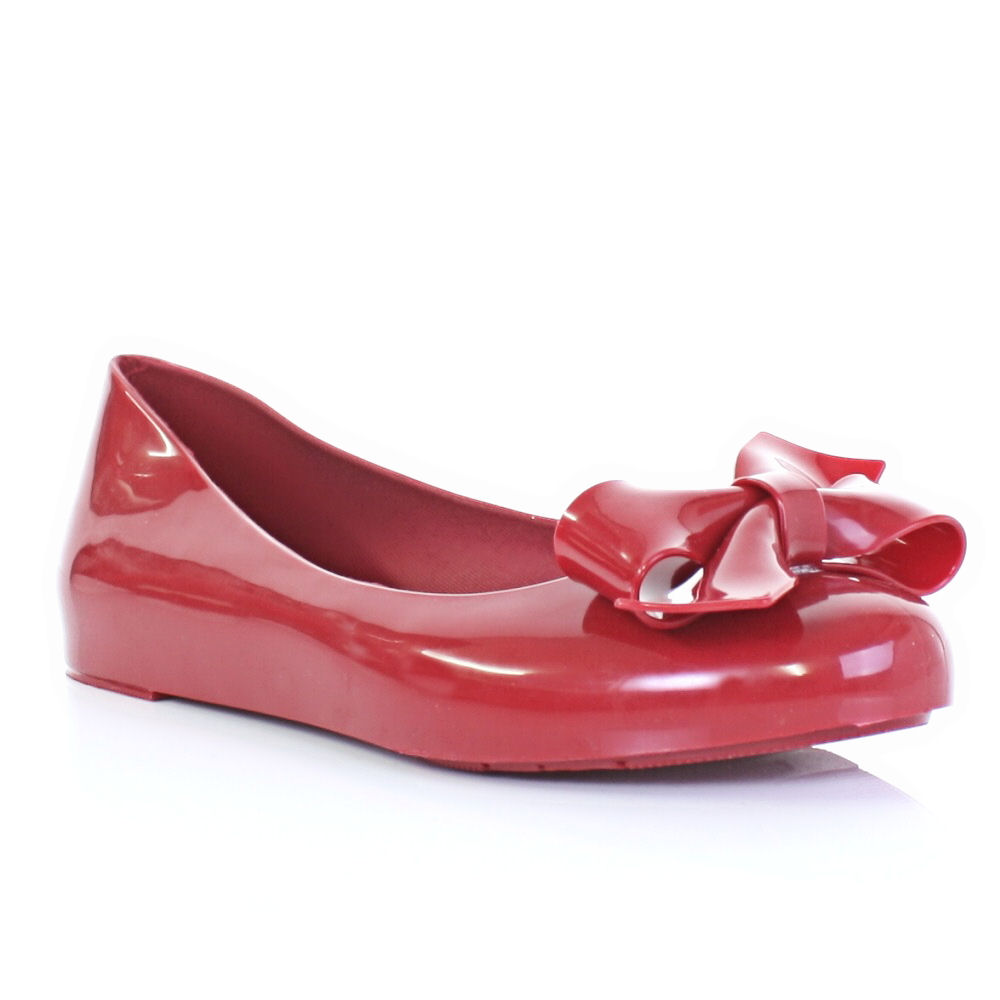 Flat Sandals Introduction. Flat sandals are one of indispensable accessories for women in summer and spring. It is appropriate, comfortable and cheap footwear .
