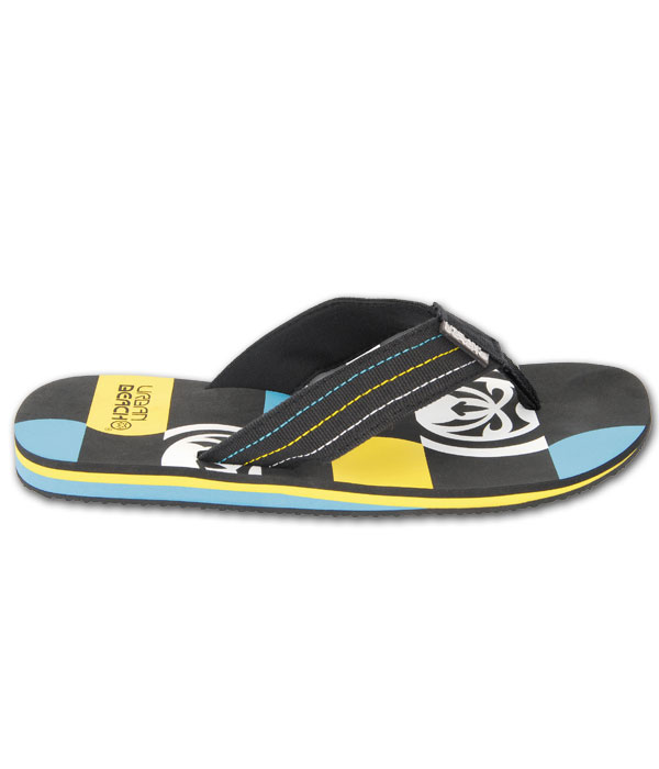 Crocs flip flops for men exceed the standards of what you look for in a flip flop. We know guys love simple and stylish flip flops and that's exactly what the Crocs™ brand caters to, while still providing comfort and arch support.
