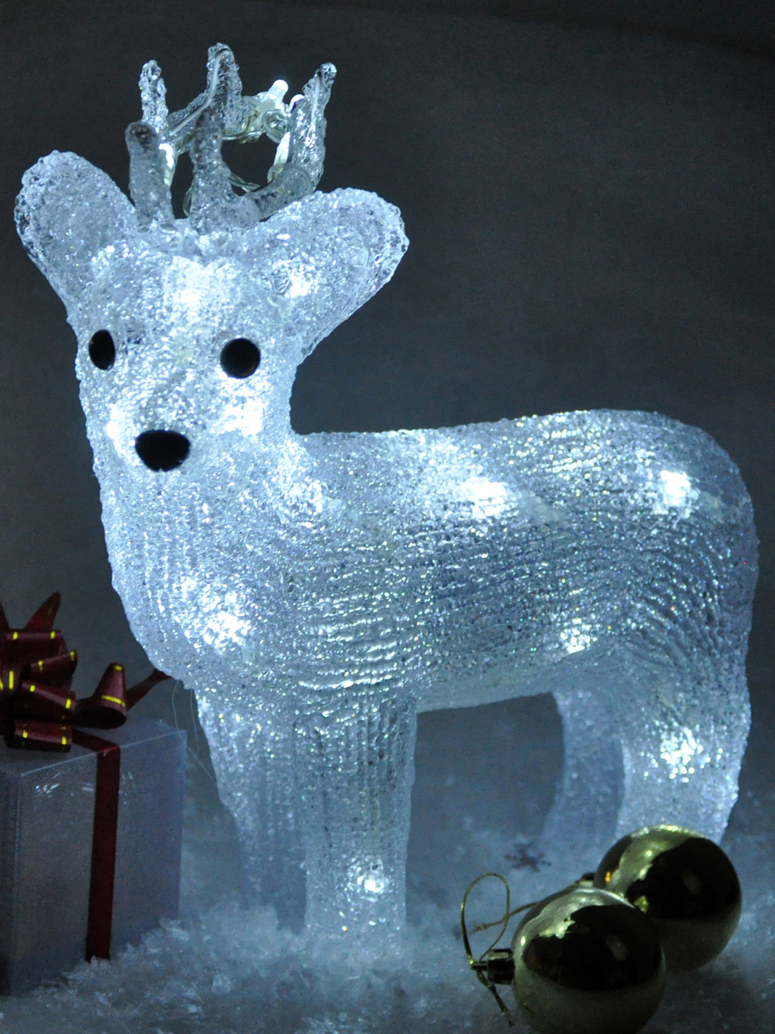 light up reindeer acrylic crystal effect christmas. Black Bedroom Furniture Sets. Home Design Ideas