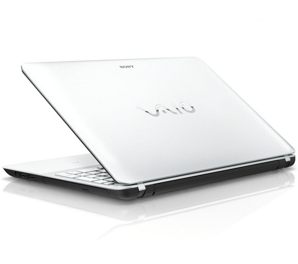SONY Vaio Fit 15 E SVF1521A1EW.CEK Laptop Windows 8 4GB RAM White- Refurb B Enlarged Preview