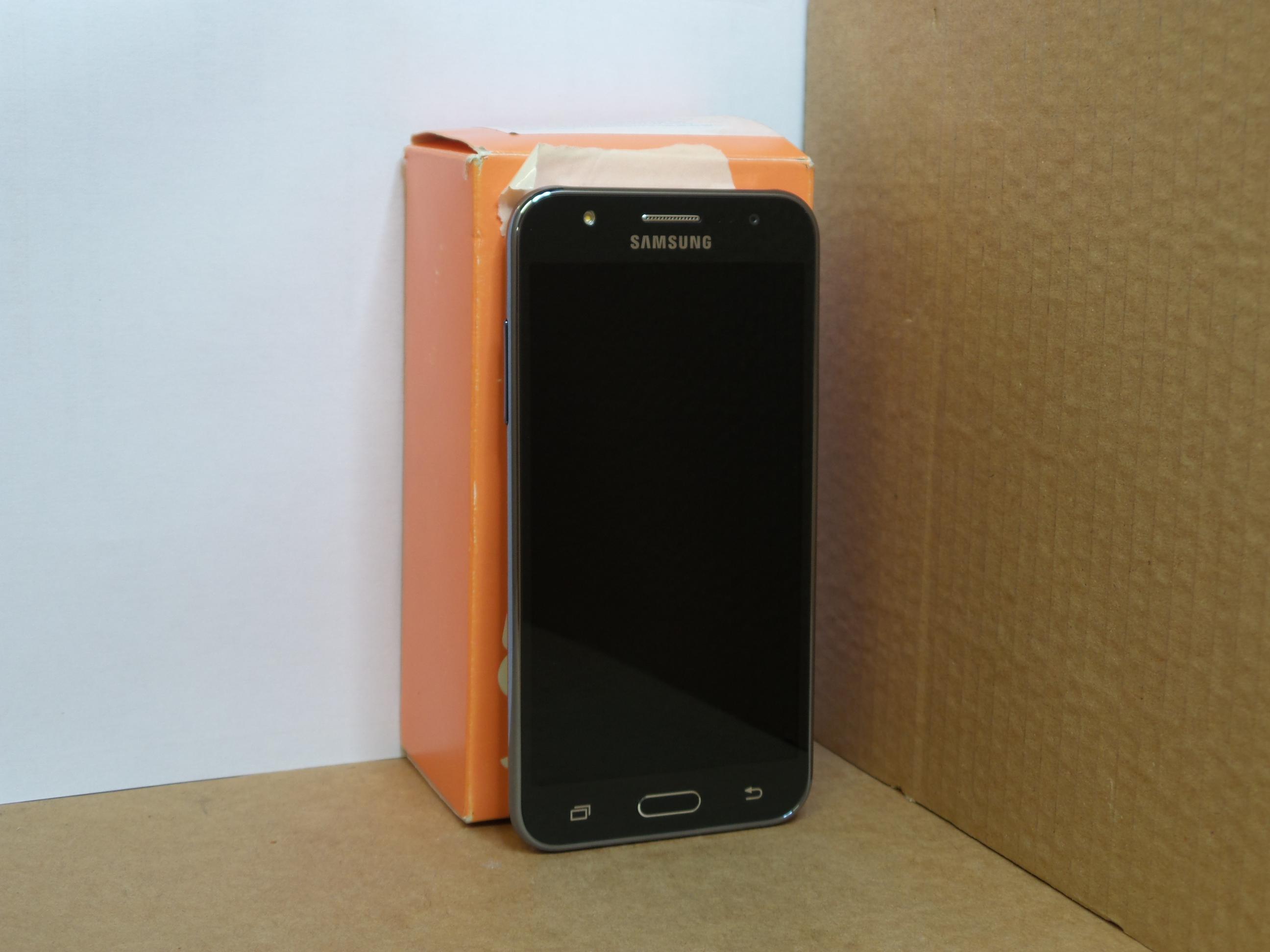 samsung galaxy j5 8gb black smartphone unlocked. Black Bedroom Furniture Sets. Home Design Ideas