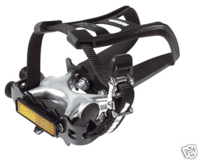 AVENIR MOUNTAIN BIKE PEDALS TOE CLIPS AND STRAPS AVR210 Enlarged Preview