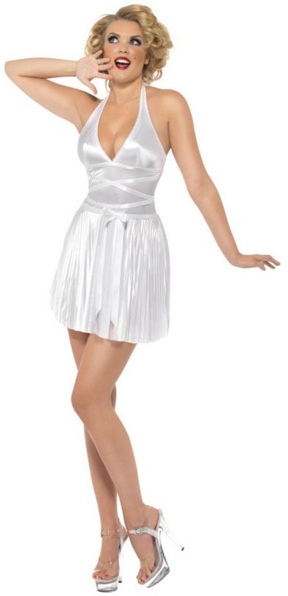 Ideas For A Fancy Dress Party  sc 1 st  Bunny Pudding Hops - WordPress.com & Ideas For A Fancy Dress Party | Bunny Pudding Hops