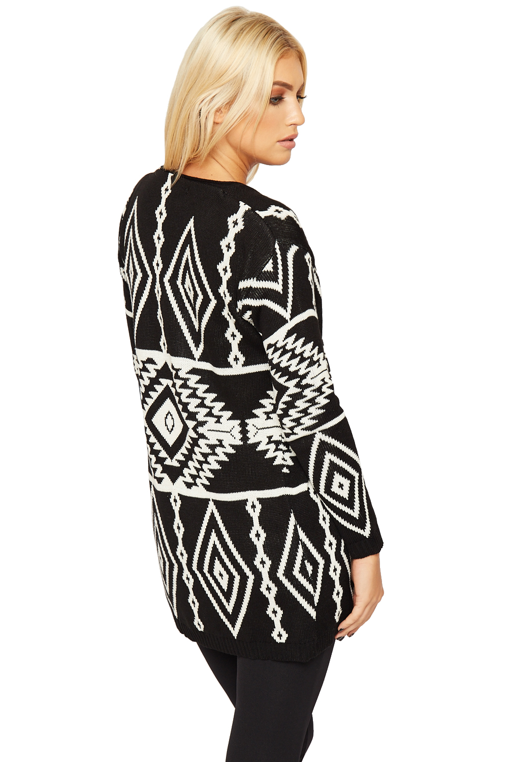 Gianni Bini Sweater Size XS Blush Pink Aztec Tribal Geo Print NWT *NOTE: Sweater photographed a darker nude color, see close up photo of print for actual color. It is a light blush pink. Thank you for.