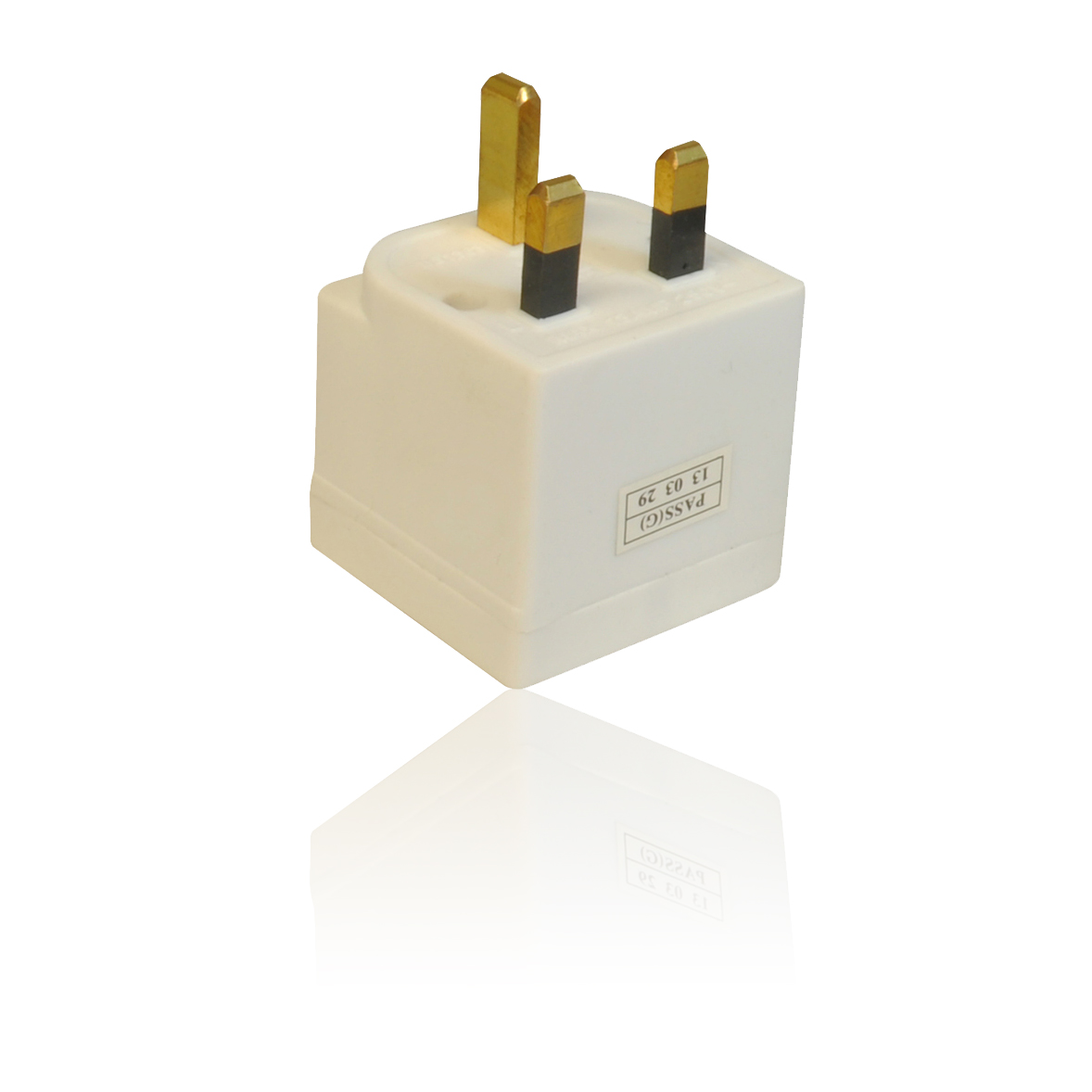 3 way triple uk mains 3 pin 250v adapter plug socket. Black Bedroom Furniture Sets. Home Design Ideas