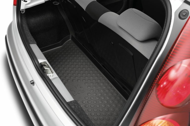 peugeot 107 boot protection tray fits all 107 models 1 0 1 4 hdi genuine parts ebay. Black Bedroom Furniture Sets. Home Design Ideas