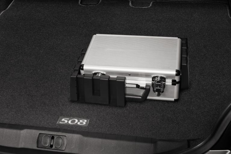 PEUGEOT RCZ BOOT RETAINERS [Fits all RCZ models] 1.6 TURBO THP 2.0 HDI NEW!