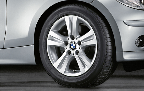 1x Bmw Genuine Alloy Wheel 16 Quot Double Spoke 222 Rim E81 1