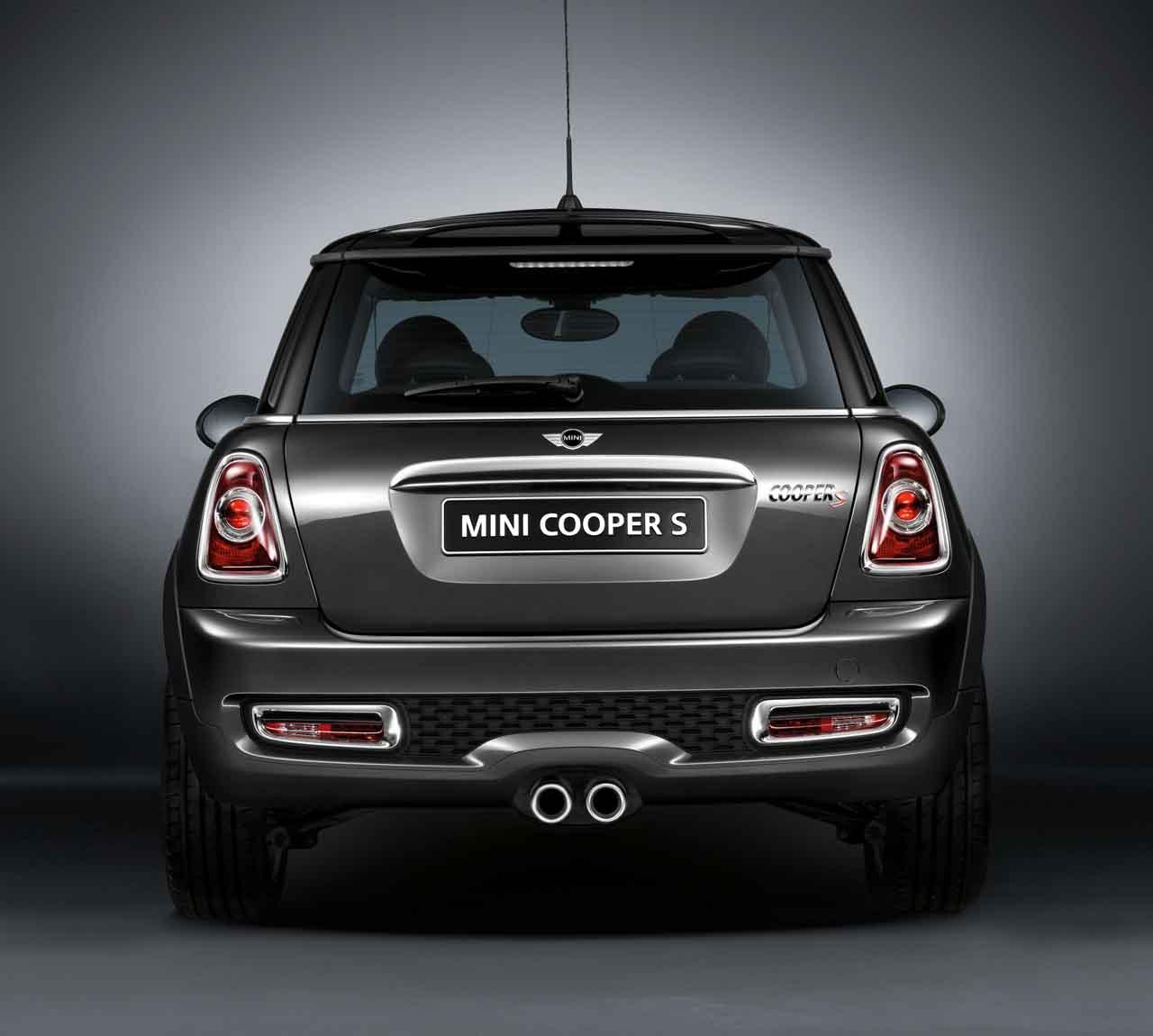 Mini genuine trunk tailgate handle strip chrome r55 r56 for Chrome line exterieur